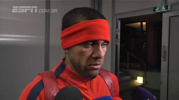 Daniel Alves lamenta derrota do PSG: 'Foi um dia duro'