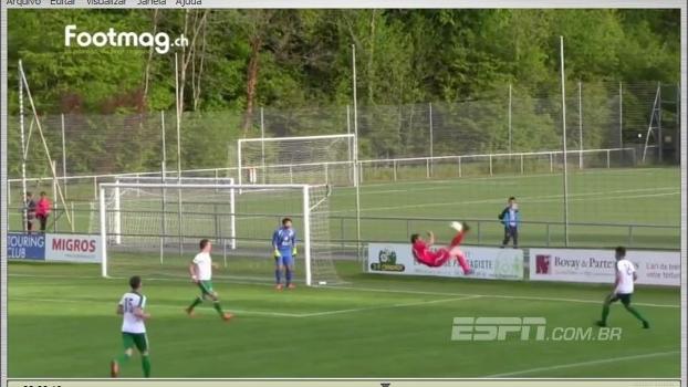 Golaço de bicicleta... Contra? Veja a lambança do zagueiro na Copa da Suiça