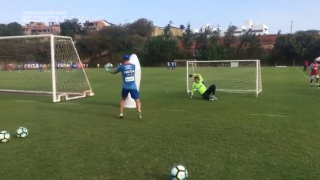 Finalizações de curta distância: veja treinamento de Jean, goleiro do Bahia que despertou interesse do São Paulo