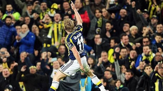 Turco: Gol de Fenerbahce 1 x 0 Galatasaray