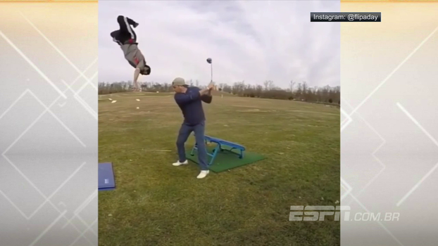 Embaixadinha e mortal em câmera lenta: esse tacada de golfe vai te deixar desorientado