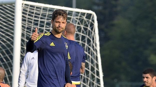 Diego é o novo reforço do Flamengo! Relembre gols do meia
