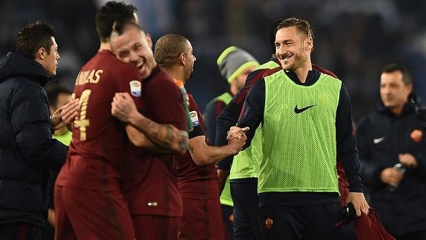 Bruno Peres fala sobre Totti e brinca: 'Brasileiros vão dominar a Roma'