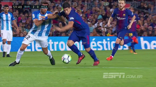 Tempo real: Suárez 'faz a parede', se livra da marcação e quase marca o terceiro do Barcelona