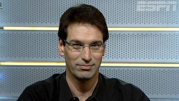 'O Corinthians é favoritaço a ganhar o Campeonato Brasileiro', diz Arnaldo