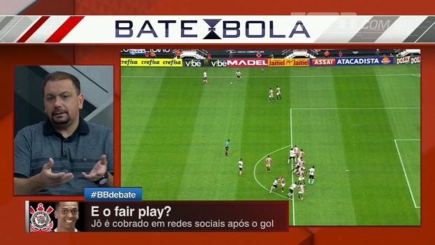 Bertozzi e Alê analisam e explicam lance do gol de Jô: 'Muito complicado'