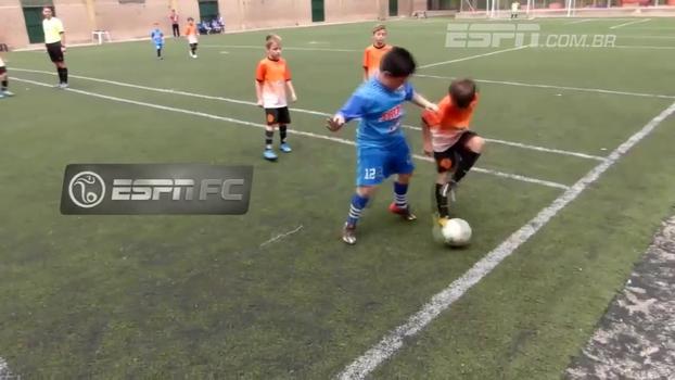 Novo Messi surgindo na Argentina? Garoto canhoto de apenas 8 anos surpreende com show de habilidade