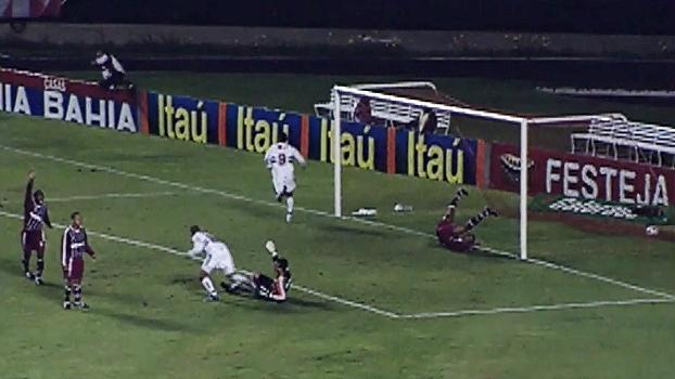 Luis Fabiano fez gol no fim, e São Paulo venceu Fluminense em 2003; reveja