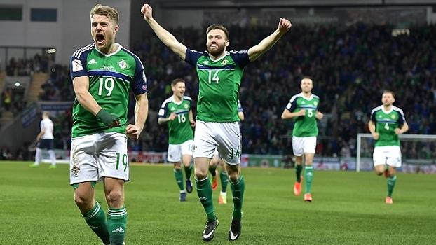 Irlanda do Norte vence Noruega e se mantém em 2º lugar no Grupo C das Eliminatórias
