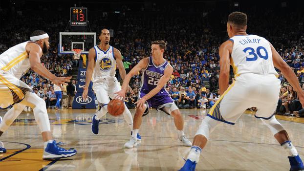 Filho de John Stockton brilha, mas Curry lidera vitória dos Warriors sobre os Kings na pré-temporada