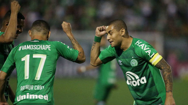 Vanderlei critica  péssimo jogo  do Santos em Chapecó   Não fizemos nada  -  ESPN 8ad05fe46248c
