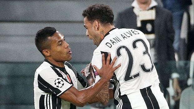 Chegada, adaptação, titularidade: como Daniel Alves e Alex Sandro dominaram as laterais no título da Juve
