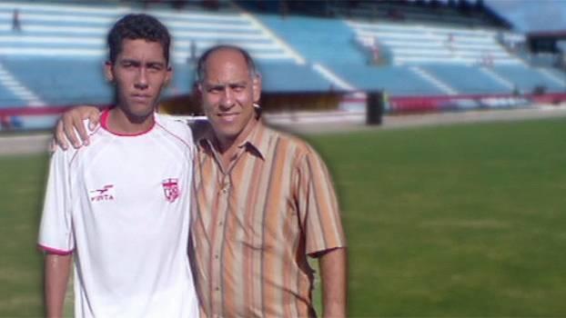 Da 'zona vermelha' de Maceió à sensação da seleção brasileira: conheça a história de Roberto Firmino