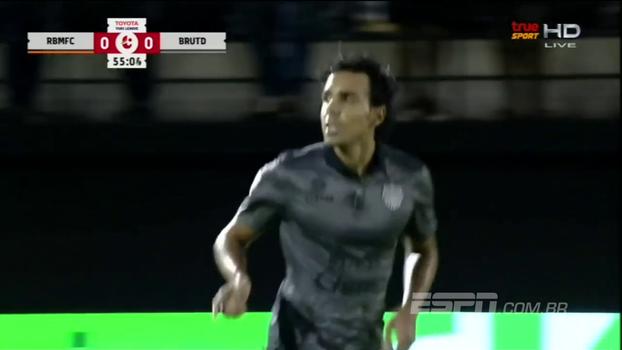 Que 'bomba'! Ex-Flamengo e Palmeiras, Diogo faz golaço na Tailândia