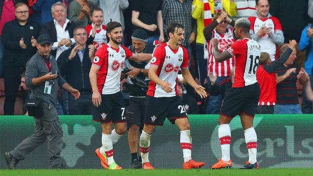 Ex-Napoli faz dois e Southampton consegue arrancar empate com Newcastle