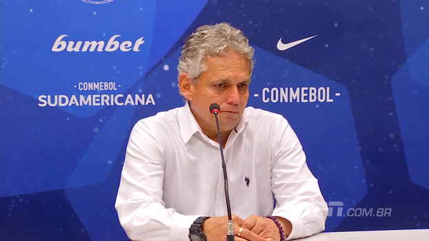 Com olhos marejados, Reinaldo Rueda comenta perda de título e diz o que faltou ao Fla