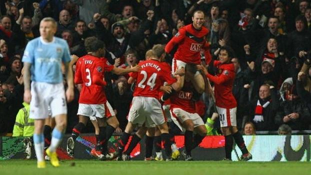 Rooney decidiu nos acréscimos e Manchester United eliminou City da Copa da Liga em 2010