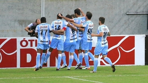 Assista aos gols da vitória do Londrina sobre o Náutico por 2 a 0!