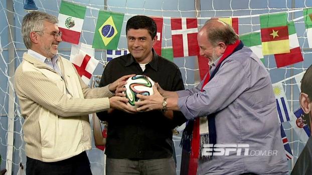 Loucos por Copa: jornalista argentino Edgardo Martólio e o cantor francês Gilbert