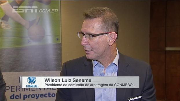 Presidente da comissão de arbitragem da Conmebol explica em quais lances árbitros poderão ter auxílio do vídeo na Libertadores