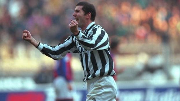 Baggio fez para o Bologna, mas show de Zidane e Inzaghi deram vitória e título italiano à Juventus em 1998