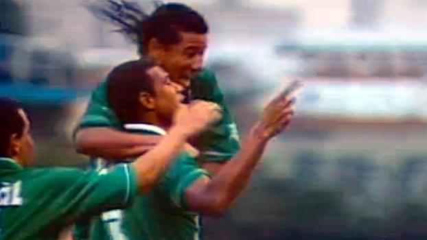 Em 98, Paulo Nunes fez de cabeça em falha de Dida, Junior Baiano marcou golaço, e Palmeiras bateu Cruzeiro
