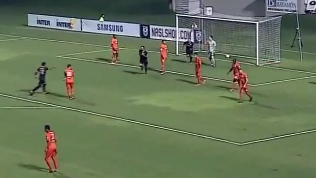 Ex-Juventus, brasileiro faz gol de peito pelo time de Ronaldo nos EUA