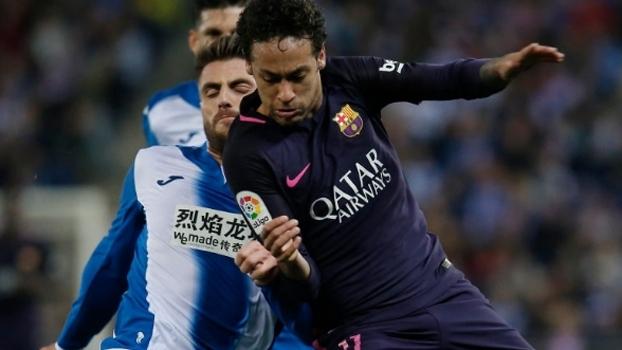 Arrancadas, chute por cobertura e 'fumaça' na ponta: como Neymar jogou contra o Espanyol