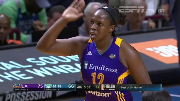 Em jogo emocionante, Sparks vencem o Lynx no jogo 1 da final da WNBA