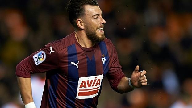 Valencia toma 4 a 0 em casa do Eibar e chega à 2ª derrota seguida