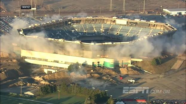 Firme e forte! Estádio que Brasil jogou na Copa de 94 resiste à dinamites em tentativa de implosão