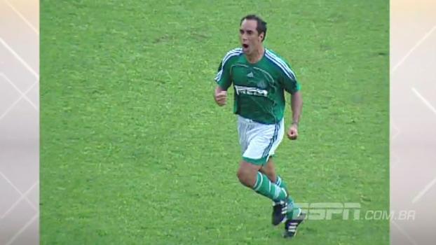 Ponte abriu dois no começo, mas Palmeiras virou para 4 a 2 com gol de Edmundo em 2006