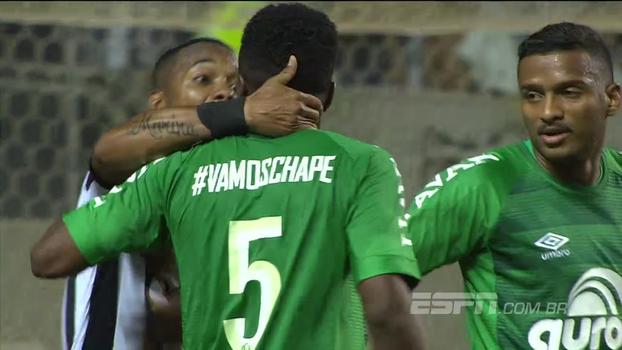 Robinho se irrita com jogador da Chape em derrota do Atlético-MG: 'Jogou onde?'