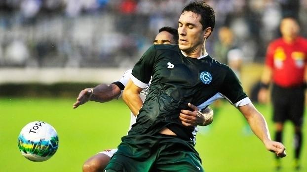 Veja gols do atacante Cléo por Atlético-PR e Goiás