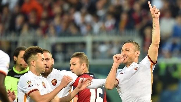 Italiano: Gols de Genoa 2 x 3 Roma