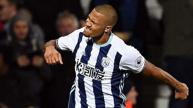 Venezuelano anota hat-trick, West Brom vence o Swansea e segue bem na Premier League