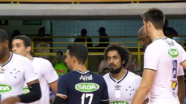 Mundial de Clubes de vôlei: Lances de Sada Cruzeiro 3 x 0 Taichung Bank