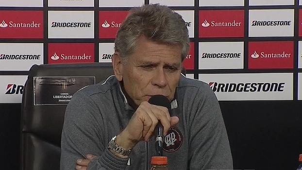 Paulo Autuori comenta vitória fora de casa e fala em 'acertar erros' da equipe durante pausa