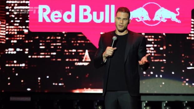 Blake Griffin comanda show de Stand-Up da Red Bull; veja se ele mandou bem como dentro de quadra