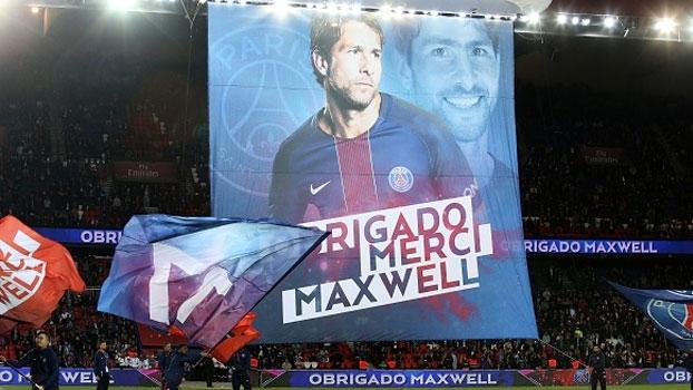 PSG faz despedida especial para Maxwell, que deixa o clube depois de cinco anos; veja