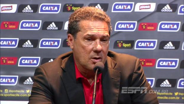 Luxemburgo diz que Diego Souza está jogando abaixo do esperado: 'Ele sabe que precisa melhorar'