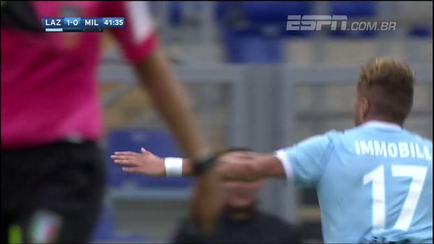 Três gols, assistência, drible... Veja como Ciro Immobile acabou com o Milan no Estádio Olímpico de Roma