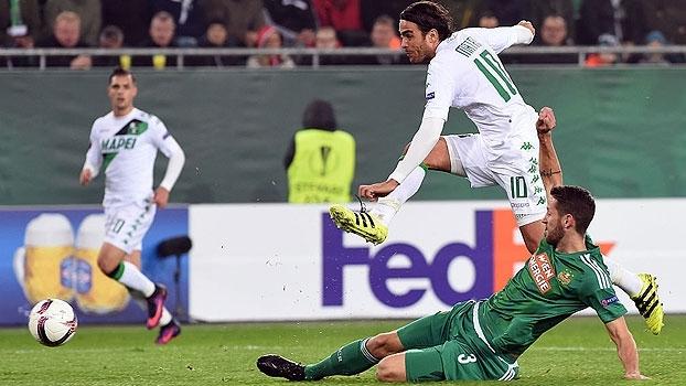 Com gol contra grotesco, Sassuolo arranca empate na Áustria e deixa Bilbao na lanterna