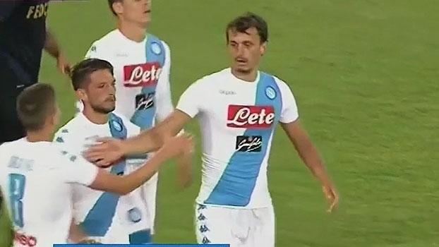 Napoli goleia Monaco em amistoso com quatro gols de Gabbiadini
