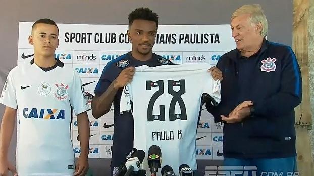 Corinthians apresenta Luidy e Paulo Roberto