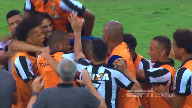 Rafael Oliveira pondera que começo de ano precoce pode ter influenciado em final ruim no Botafogo