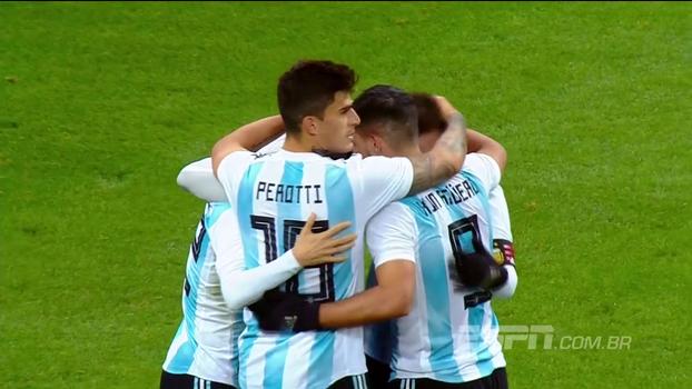 Após bate e rebate, Aguero faz gol da vitória da Argentina sobre a Rússia por 1 a 0
