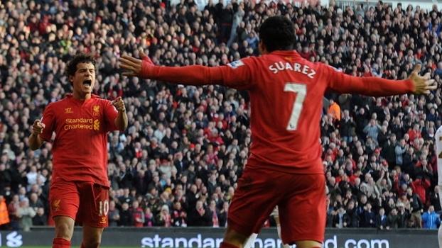 Suárez e Gerrard marcaram, Coutinho fez seu 1º gol pelo clube e Liverpool massacrou Swansea em 2013