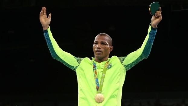 Cobertura 'puxada', eliminação do Brasil no basquete e ouro de Robson Conceição: a Olimpíada aos olhos de José Renato