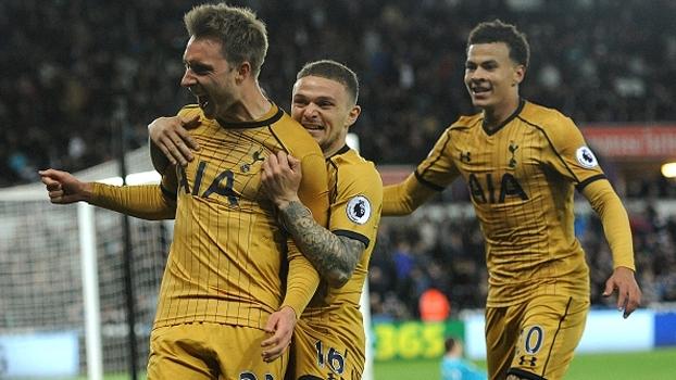 Tottenham acorda no fim, faz 3 gols seguidos e vence Swansea City de virada